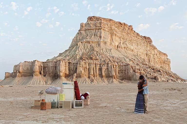 تصویر سوم از مجموعه بی وطن اثر گوهر دشتی
