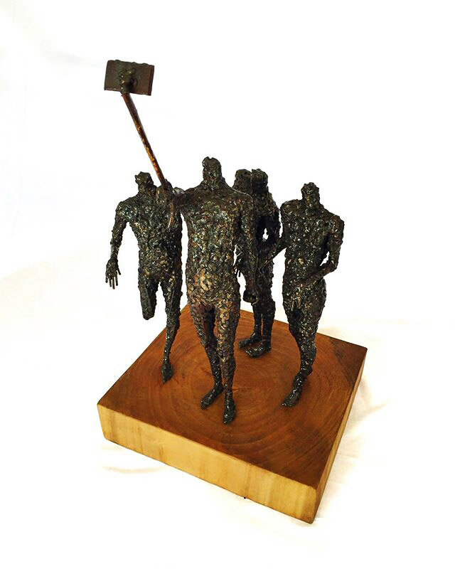 تصویر شماره سه از نمایشگاه شاخ بازی - مجسمههای عارف رودباری شهمیری